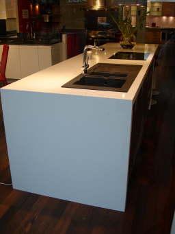 evier cuisine noir meuble cuisine noir et rouge meuble sous evier varde ikea 2udance. Black Bedroom Furniture Sets. Home Design Ideas