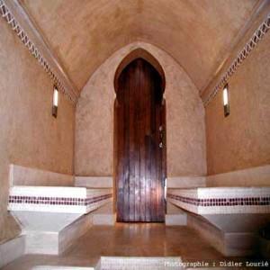 Ambiance orientale pour ce hammam en pierre du Languedoc