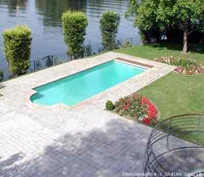 Vue g n rale piscine marbrerie et d coration marbrerie for Piscine en granit