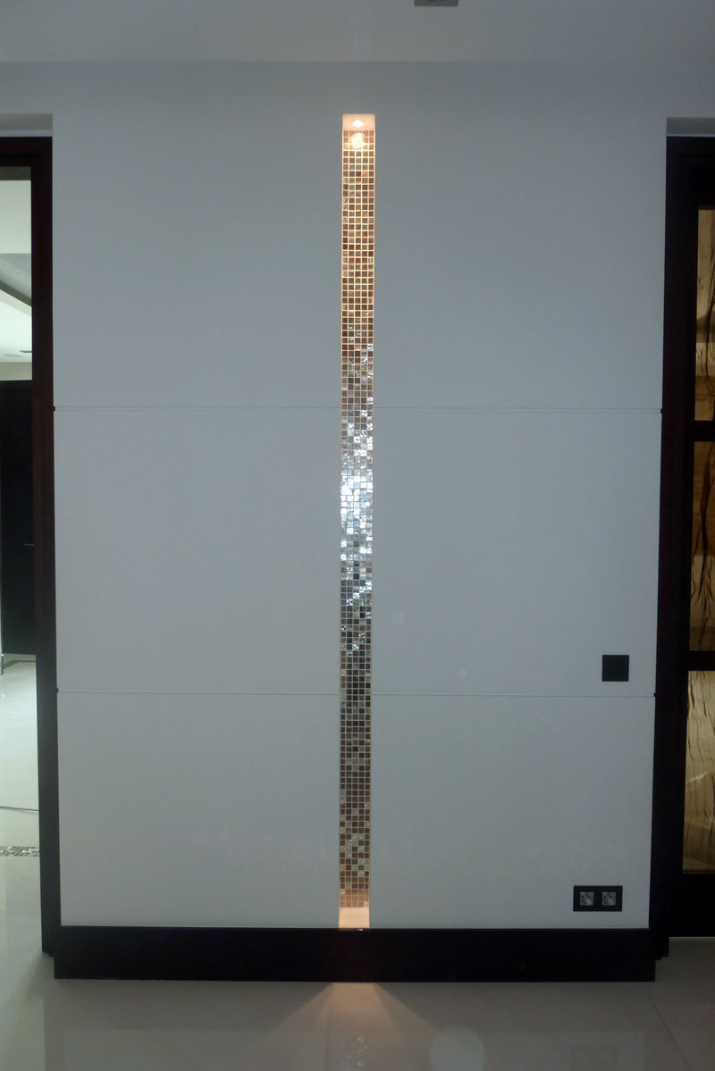 incrustation de la mosaique dans le marbre blanc sivec marbrerie et d coration marbrerie. Black Bedroom Furniture Sets. Home Design Ideas